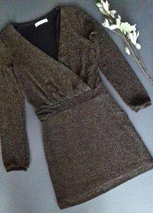 Шикарное платье с вырезом на запах,металлизированная нить/люрекс от mango