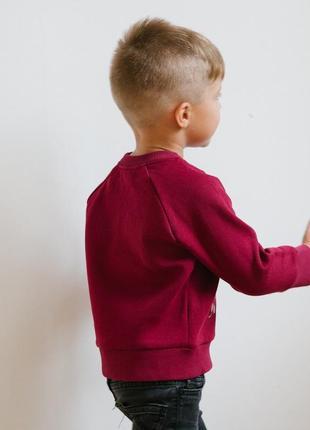 Новогодний бордовый свитшот с оленем. р. 104,110,1164 фото