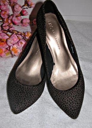 Туфли лодочки принт/или обмен на меньше  размер 37 (uk 4½).