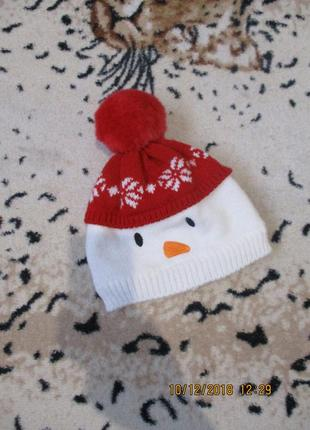 Миленькая теплая новогодняя шапочка/снеговик 6-12 мес