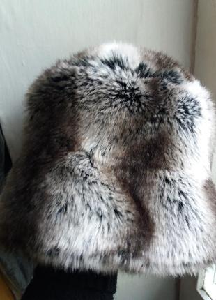 Теплая прикольная шапка под шиншилу