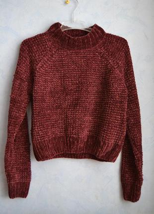 Плюшевый велюровый свитер цвета марсала