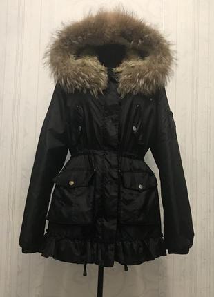 Парка с натуральным мехом и с рюшем,куртка с натуральным мехом