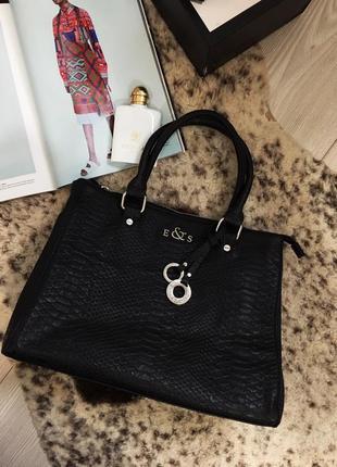 Стильная качественная сумочка