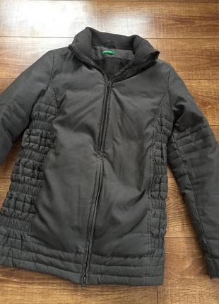 Жіноча осіння куртка