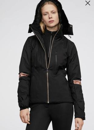 Зимняя куртка!лыжный костюм!oysho!