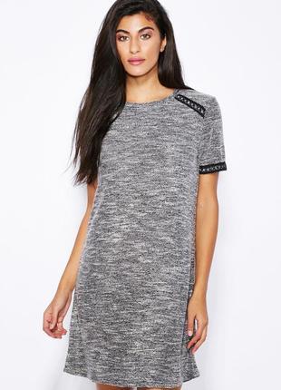 Классическое серое мини платье прямого кроя с кожаными деталями miss selfridge, p.m(38)
