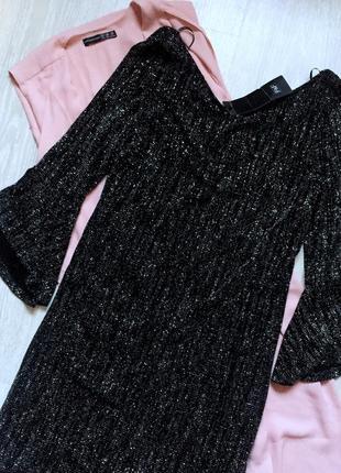 Нарядное платье с блёстками новое с биркой