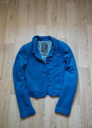 Супер стильный укороченный пиджак в винтажном стиле бирюзового цвета