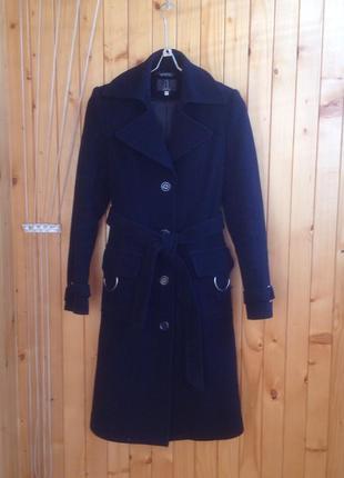Шерстяное, кашемировое утеплённое пальто bellandi италия.