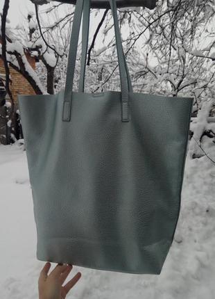 Bershka серебрянная вместительная сумка шоппер