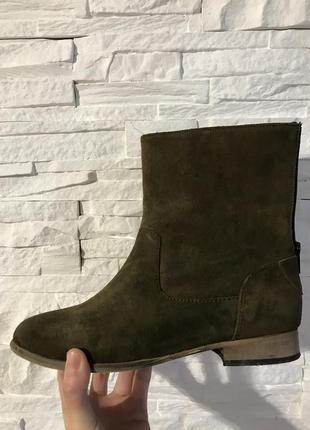 Продам свои замшевые ботиночки хаки