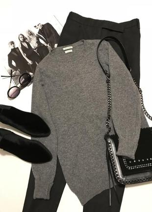 Стильный базовый свитерок от benetton 100% мериносовая шерсть