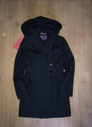 Осеннее шерстяное пальто vivalon
