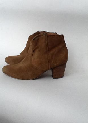 Замшевые ботиночки р. 37