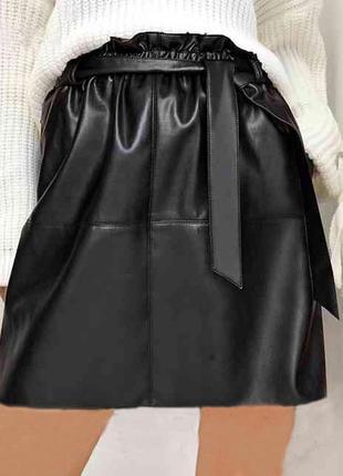 Шикарная юбка на резинке с поясом под кожу