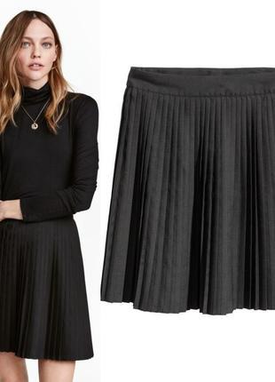 Черная плиссированная юбка h&m 32.xxs
