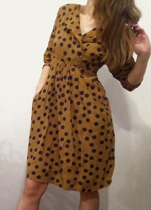 Платье в горох. платье коричневое. платье с длинным рукавом. платье миди в горошек.