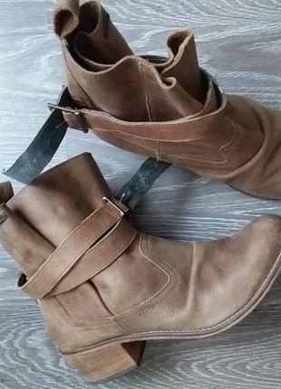 Ботинки 100 кожа 24.8 по стельке