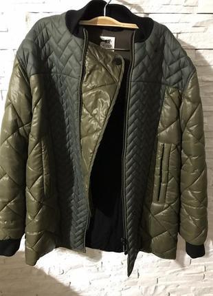 Продам свою курточку оверсайз хаки стеганная h&m studio