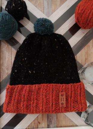 Шапочка из  шерсти  мериноса с оранжевым  отворотом  hand made