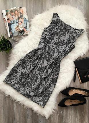 Платье-тюльпан с узором из бархата