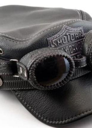 Кожаная байкерская кепка-немка harley davidson с очками.