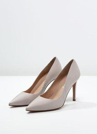 Нежные туфли от pure lopez . размер 39