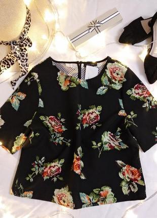 Красивая блузка без рукавов с розами от new look
