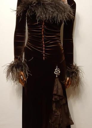 Эфектное платье с балеро