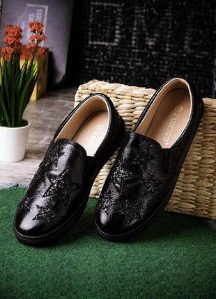Мокасины слипы туфли черные со звездами с блеском