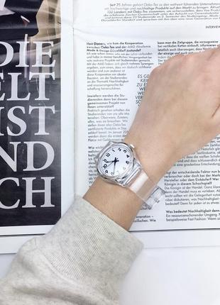 Женские часы. прозрачные часы. часы унисекс