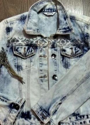 Джинсовая куртка фирмы tammy