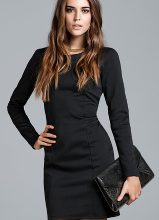 Чёрное базовое платье, плаття