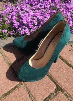 Замшевые туфли изумрудного цвета 🕊💚