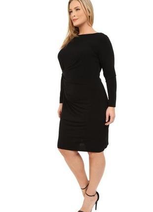 Элегантное платье с длинными рукавами и драпировкой сбоку 1x на 56 рр
