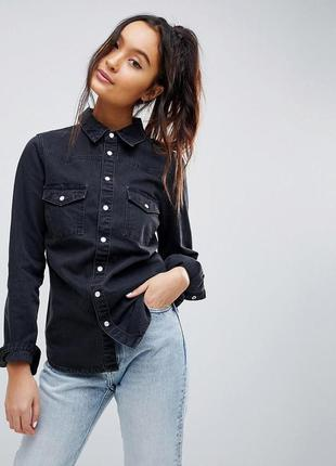 Стильная прямая чёрная джинсовая рубашка, классическая из денима свободная оверсайз