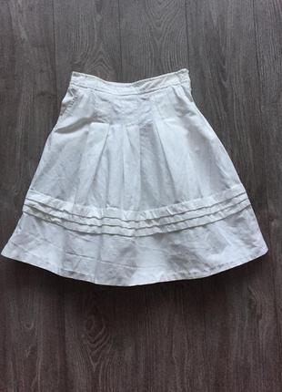 Белая джинсовая юбка-трапеция в складку zara, 36 размер