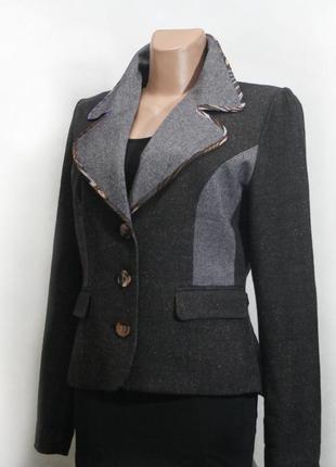 Пиджак с вышивкой st. martins