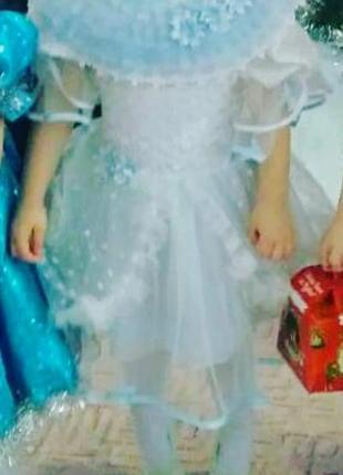 Карнавальное платье снежинки на утренник4