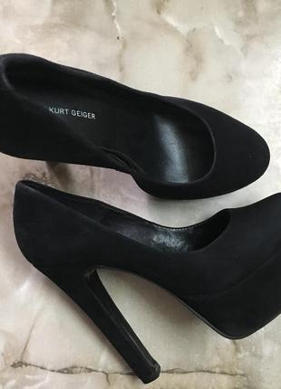 Туфли 💯 % замша на платформе размер 39