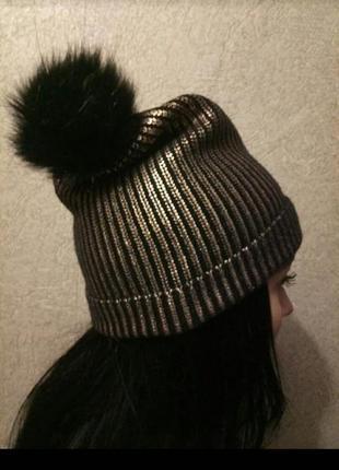 Брендовая шапочка