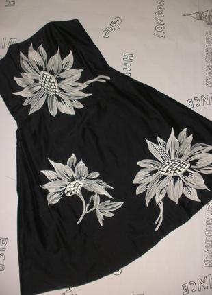Шелковое нарядное черное платье debenhams с белой вышивкой
