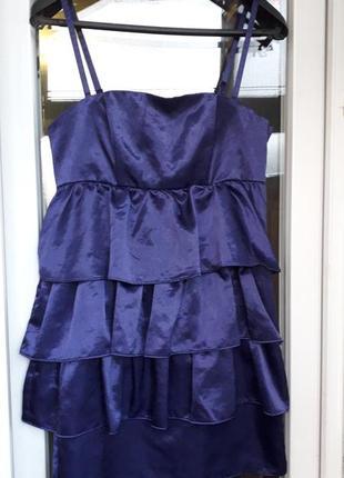 Нарядное вечернее выпускное платье с воланами рюшами фиолетовый divided h&m брители бандо
