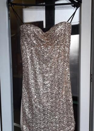 Короткое нарядное вечернее платье в пайетки ххс хс на тонких брительках