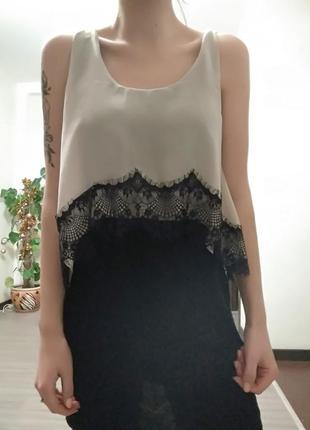 Праздничное платье на корпоратив, новый год с кружевными вставками