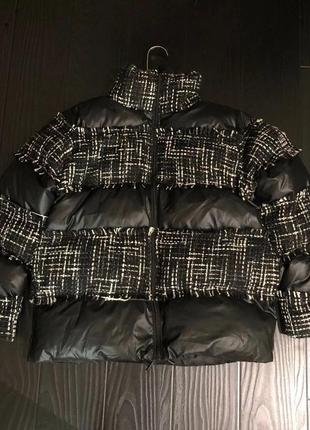 Классная курточка дутик с твидом в стиле шанель