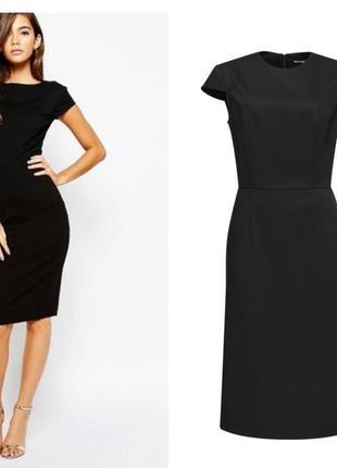 Черное платье-футляр с короткими рукавами (14размер)