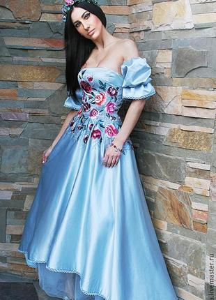 Нарядное платье «небесное» вечернее платье, платье с вышивкой, нарядное пышное платье