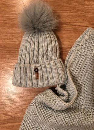 Набор зимняя шапка и шарф женский, новый